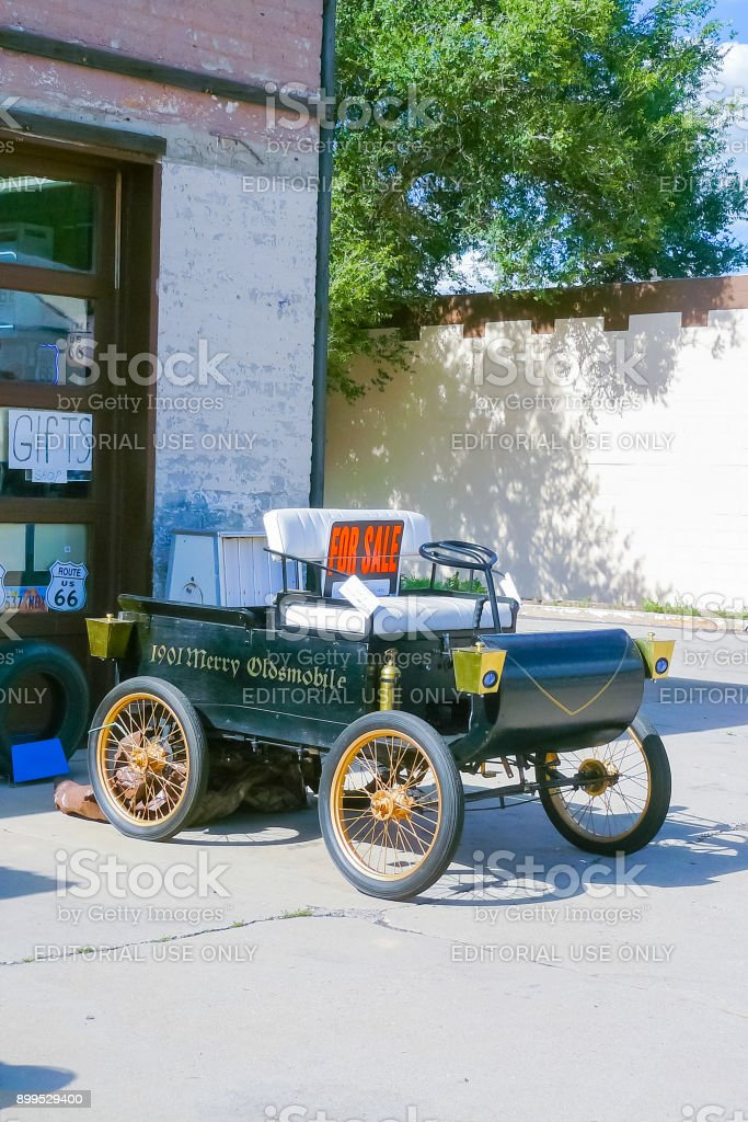 Old Car For Sale >> Old Car For Sale In Williams Town Route 66 Stock Photo Download Image Now