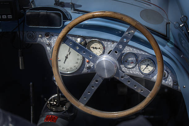 alte auto - oldtimer veranstaltungen stock-fotos und bilder