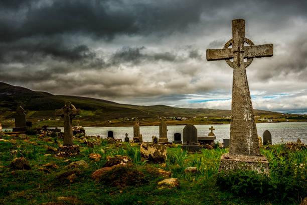 Alter Friedhof in Irland – Foto
