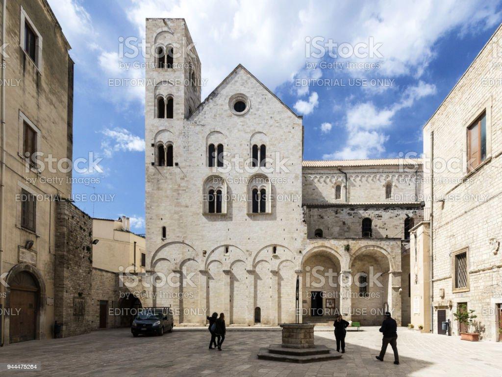 ビトント イタリアの古い教会 - ...