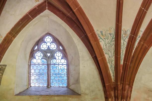 Alte Kirchenfenster – Foto