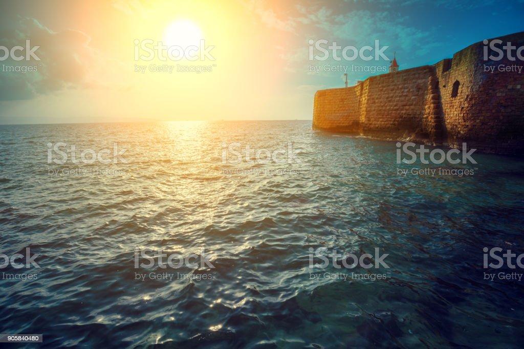 Cidade velha de Akko à beira-mar. Israel - foto de acervo