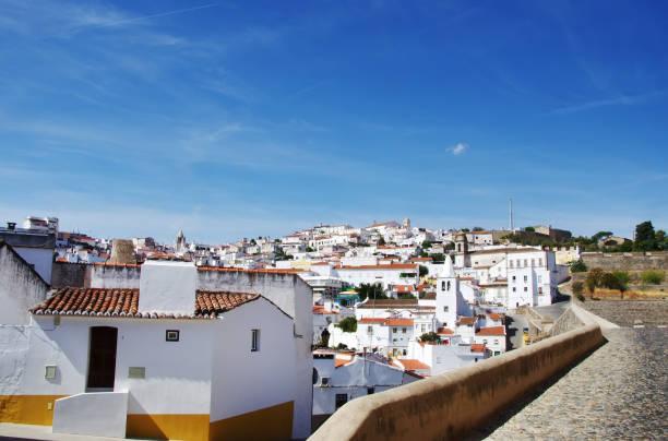 old city of elvas, alentejo, portugal. - portalegre imagens e fotografias de stock