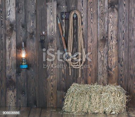 istock old cowboy barn 906608886