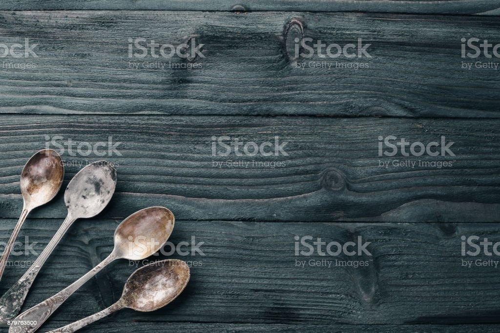 Altes Besteck Auf Einem Holzernen Hintergrund Ansicht Von Oben Freiraum Fur Text Stockfoto Und Mehr Bilder Von Alt Istock