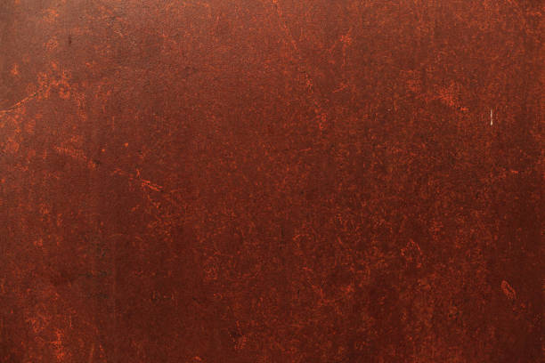 old detailed aged vintage rusty seamless red brown textured metal sheet exterior fence used in construction industry as a house building material. good for background, backdrop, wallpaper - enferrujado imagens e fotografias de stock