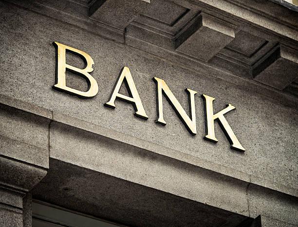 Old Fashioned señal de banco - foto de stock