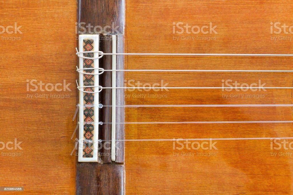 Old fashioned puente de una guitarra. - foto de stock