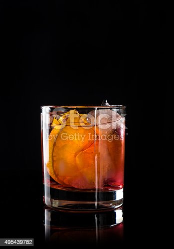 istock Old fashioned cocktail 495439782