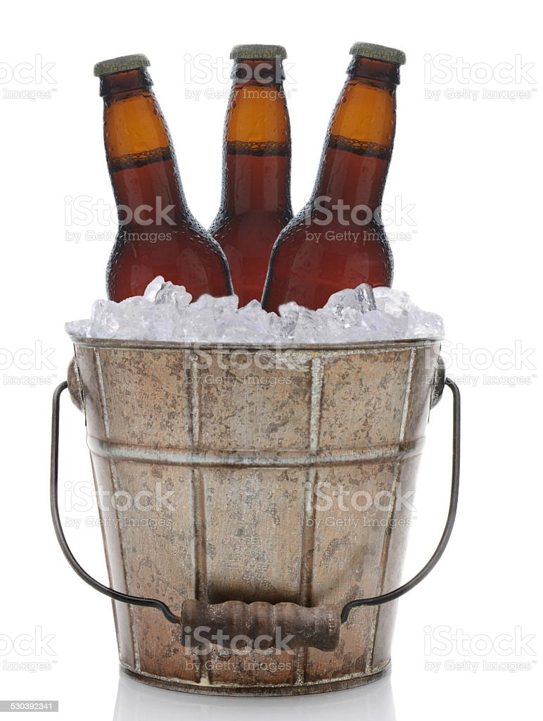 Balde de cerveja de Metal antigo - foto de acervo