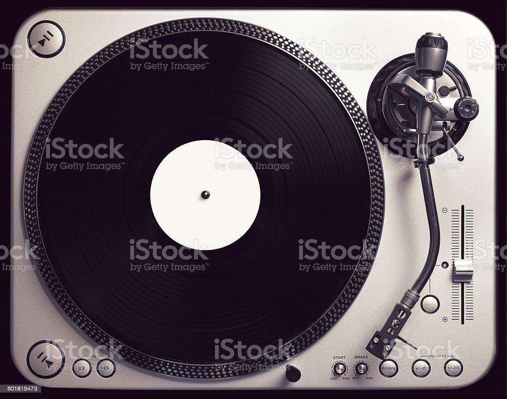 Old fashioned Plattenspieler spielt eine track – Foto