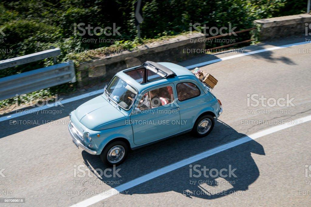 Old Fiat 500 car - foto stock