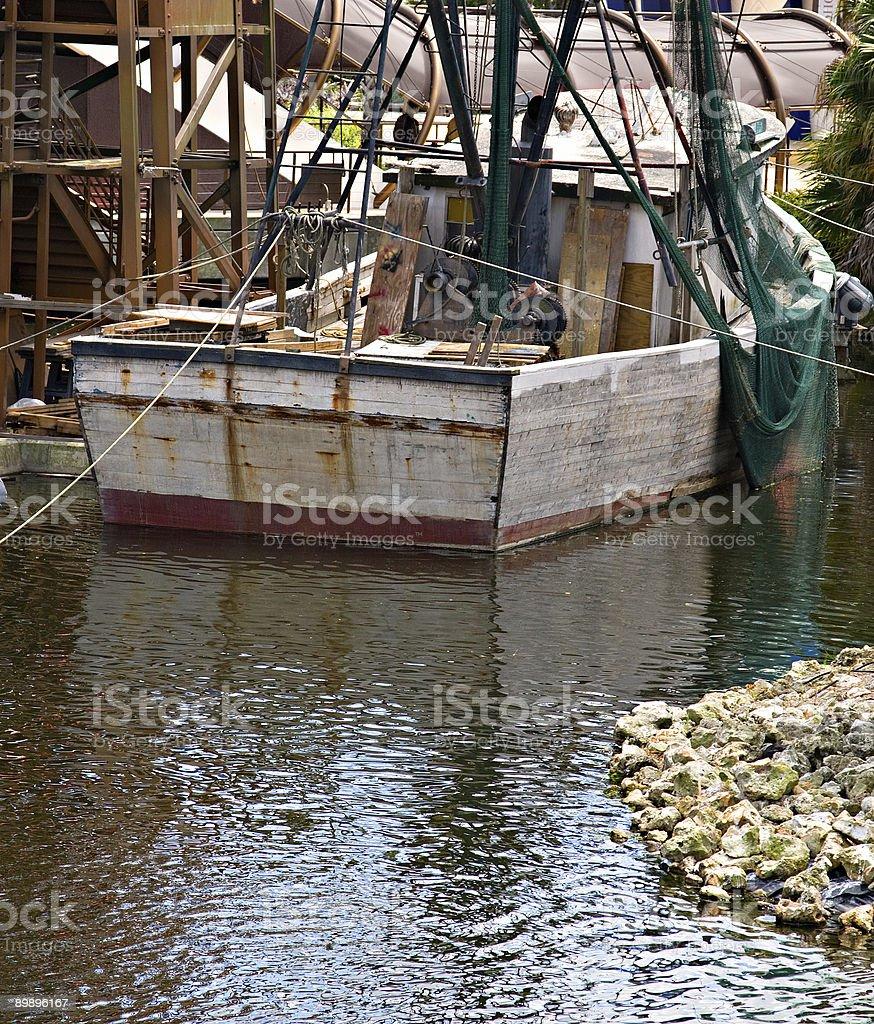 Antiguo la pesca en bote foto de stock libre de derechos