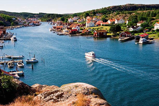 old fishing village - bohuslän nature bildbanksfoton och bilder