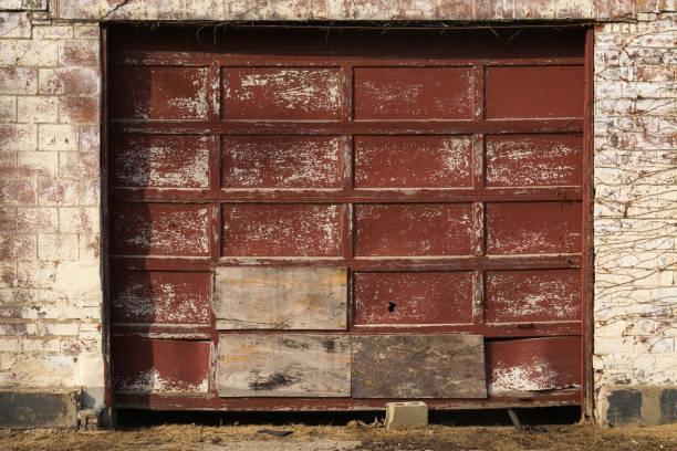 972 Broken Garage Door Stock Photos Pictures Royalty Free Images Istock