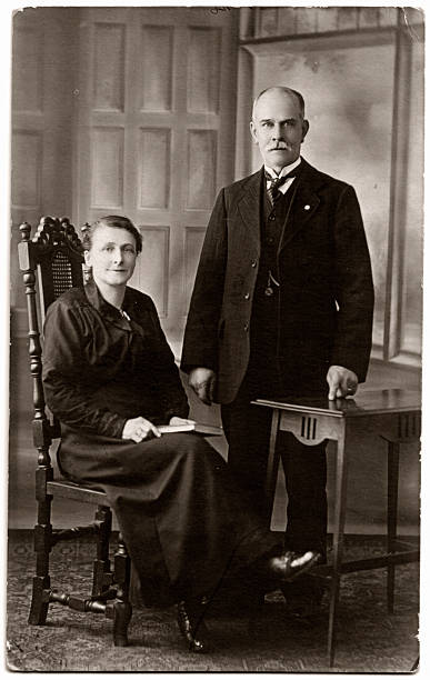 Old Gent and Lady Victorian / Edwardian gentleman & wife. antecedence stock pictures, royalty-free photos & images