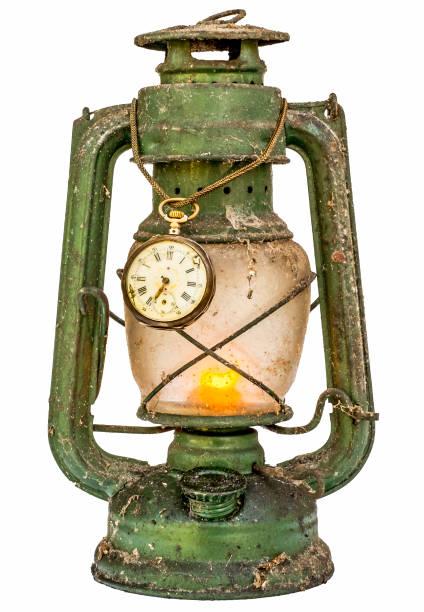 alte grüne beleuchteten vintage lampe - bergmann uhren stock-fotos und bilder