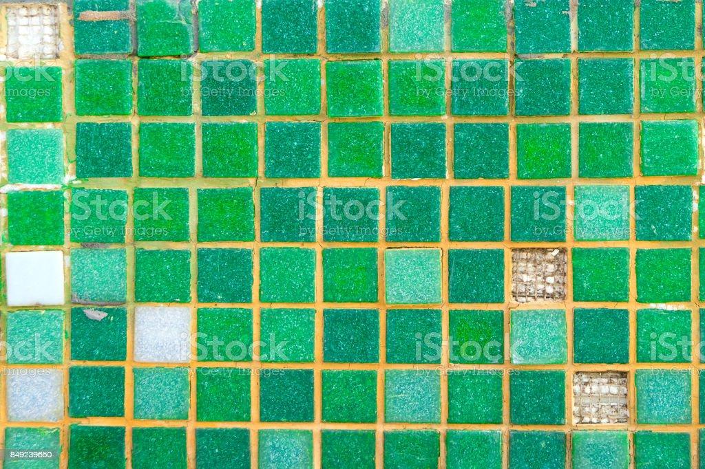 Alte Grüne Mosaikfliesen An Der Wand StockFotografie Und Mehr - Alte mosaik fliesen