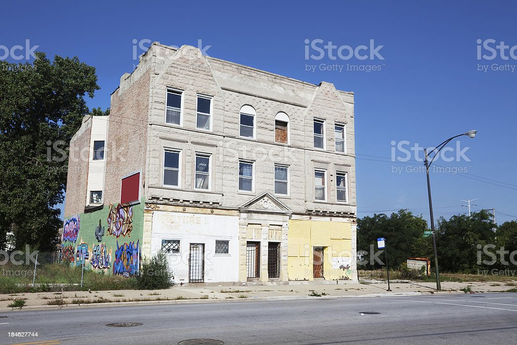 Old greystone apartment building in Washington Park, Chicago stock photo