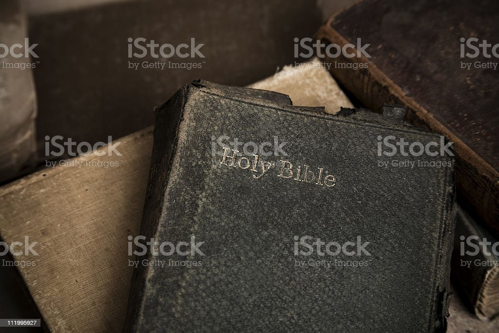 Alte heilige Bibel horizontal – Foto