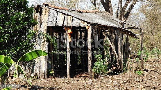 Old abandoned hut on the roadside.
