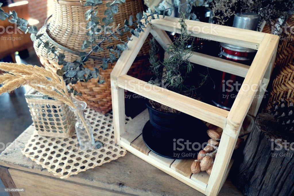 Alten Inneneinrichtung Für Bauernhaus Vase Blume Auf Einem Holztisch
