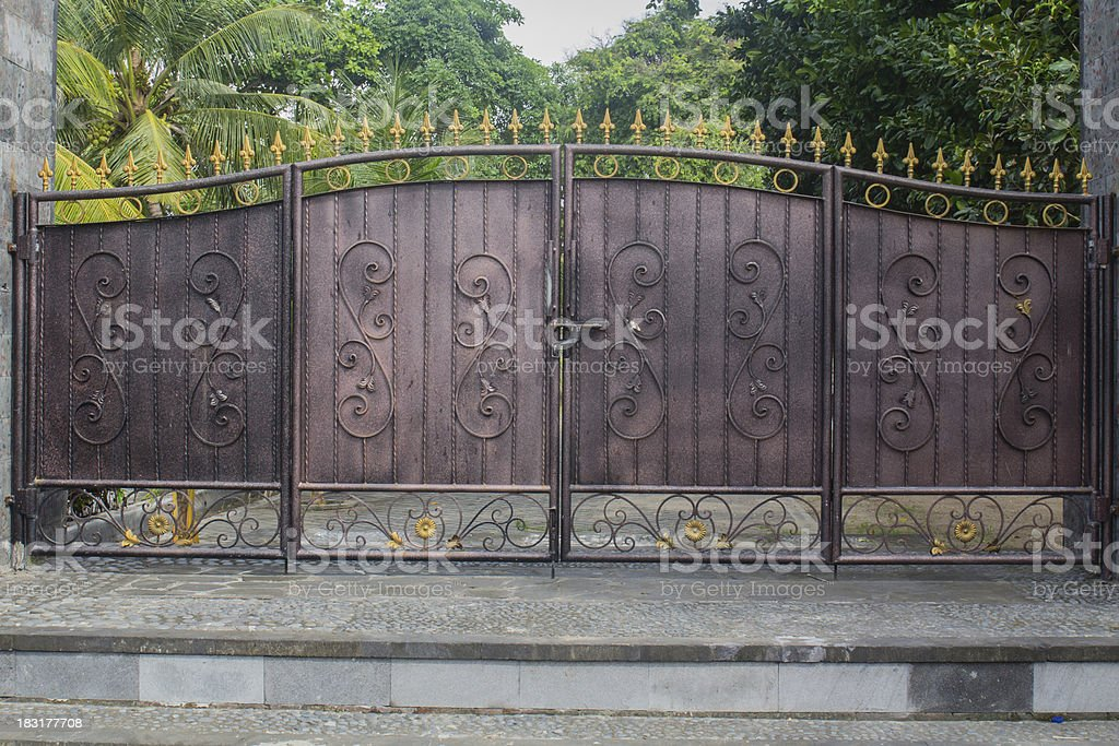old iron gate - Photo