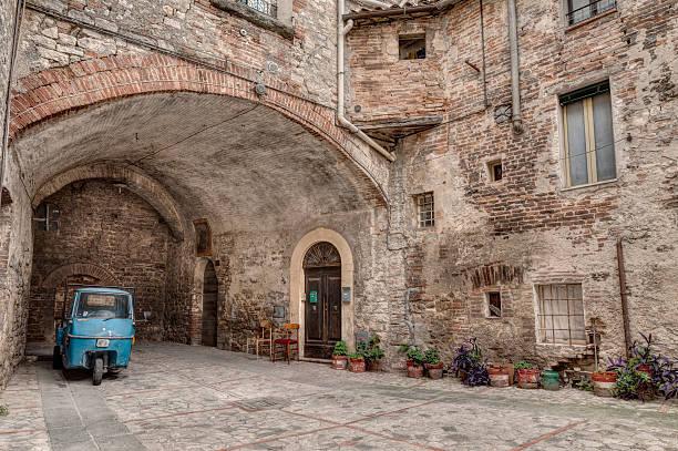 old italian alley - foto stock