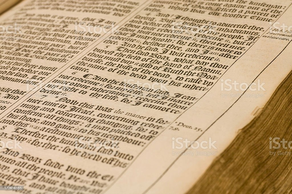Old King James Bible Stock Photo - Download Image Now - iStock