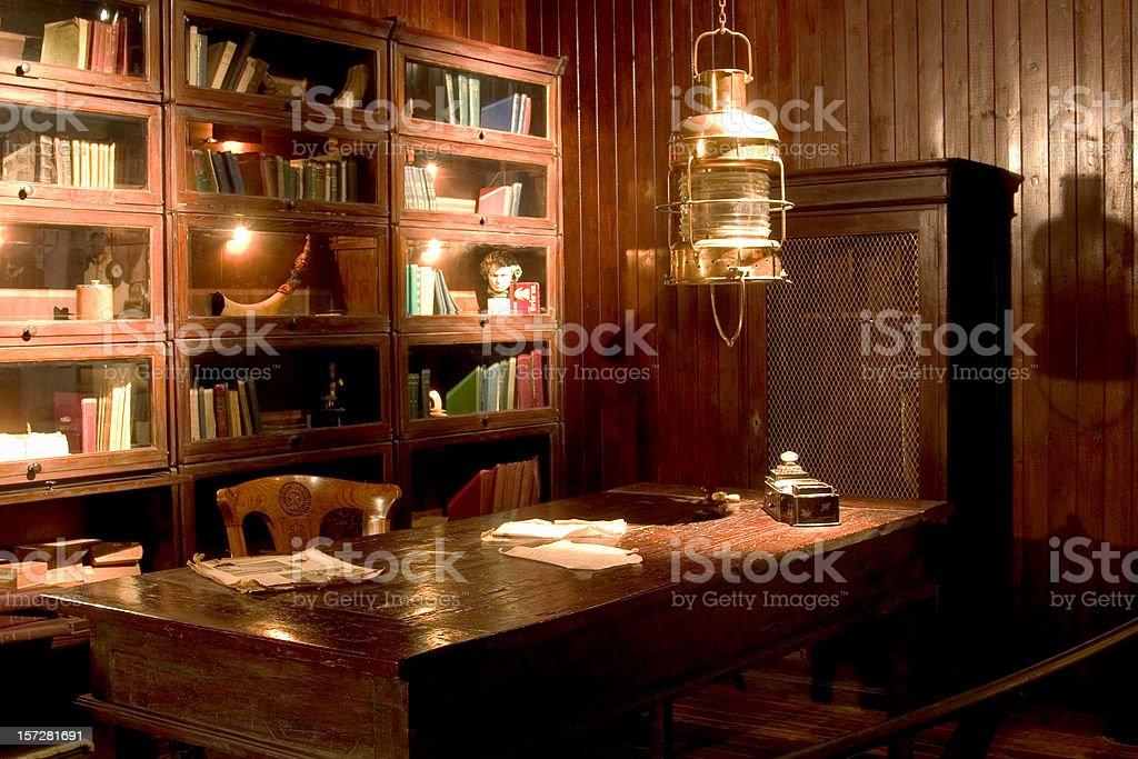 Antiguo la biblioteca - foto de stock
