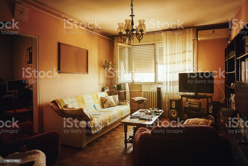 Old Living Room Interior Stock Photo - Download Image Now - IStock