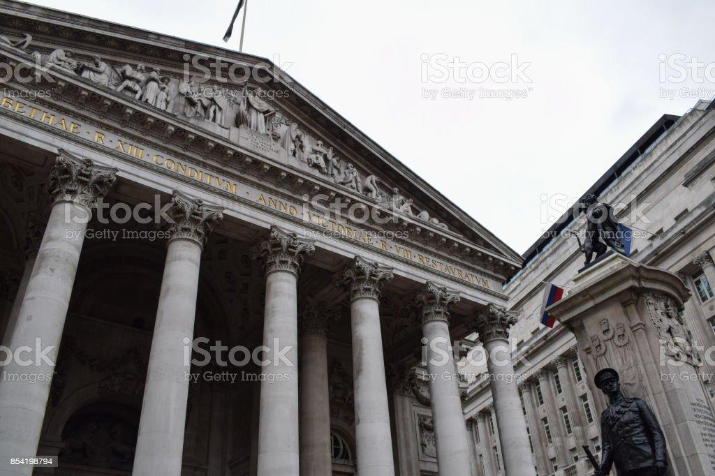 Antigo edifício de troca conservada em estoque de Londres - foto de acervo
