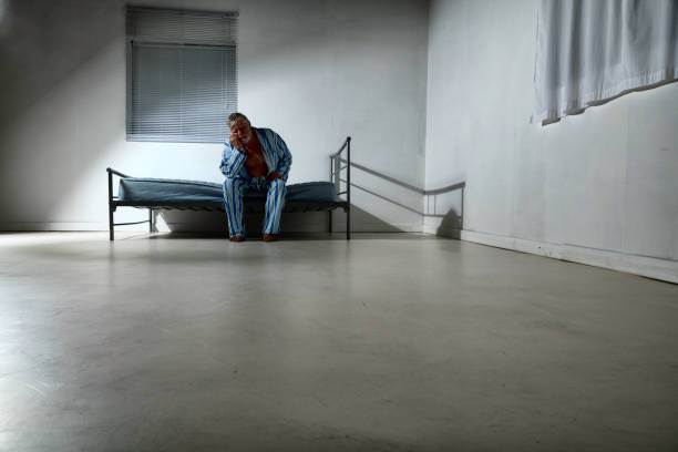 old man in an asylum - psychiatric ward stock photos and pictures