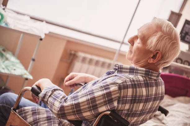 old man in hospital - psychiatric ward stock photos and pictures