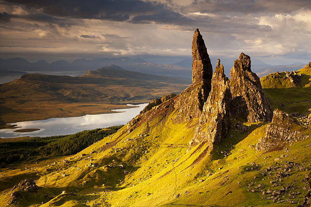 Old Man Of Storr III Old Man Of Storr, Isle of Skye, Scotland isle of skye stock pictures, royalty-free photos & images