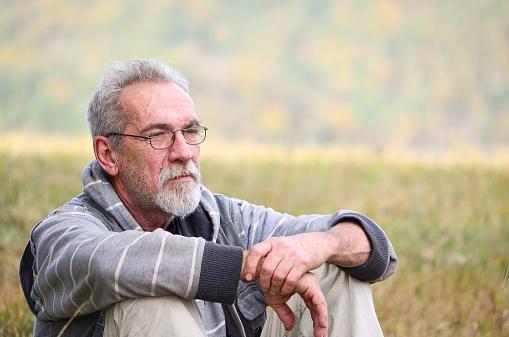 Old Man Stockfoto en meer beelden van 2015
