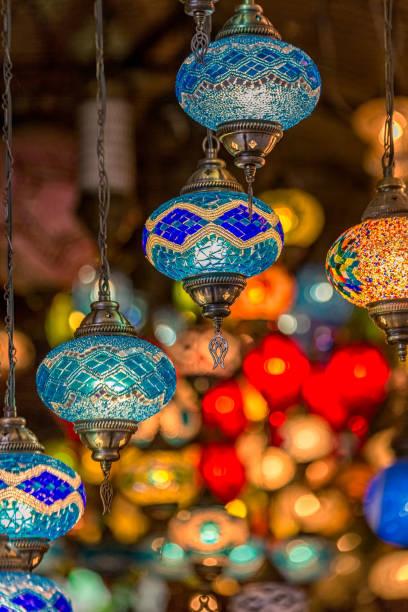 alter markt - türkische fliesen stock-fotos und bilder