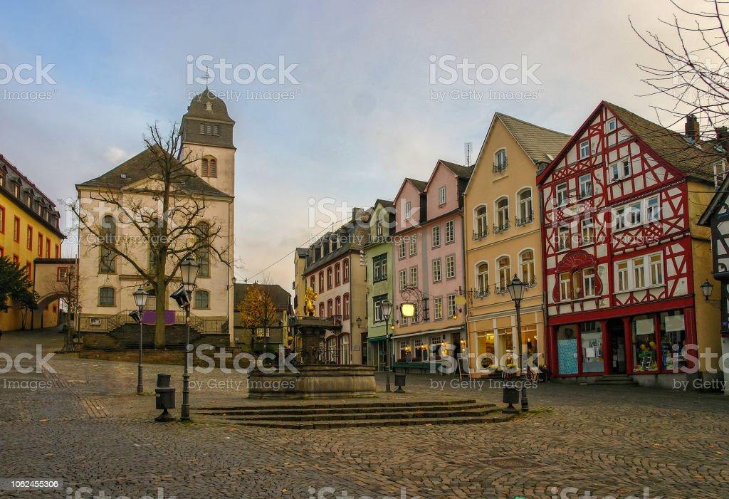 Vieille place du marché de Hachenburg, Rheinland-Pfalz, Allemagne au coucher du soleil - Photo
