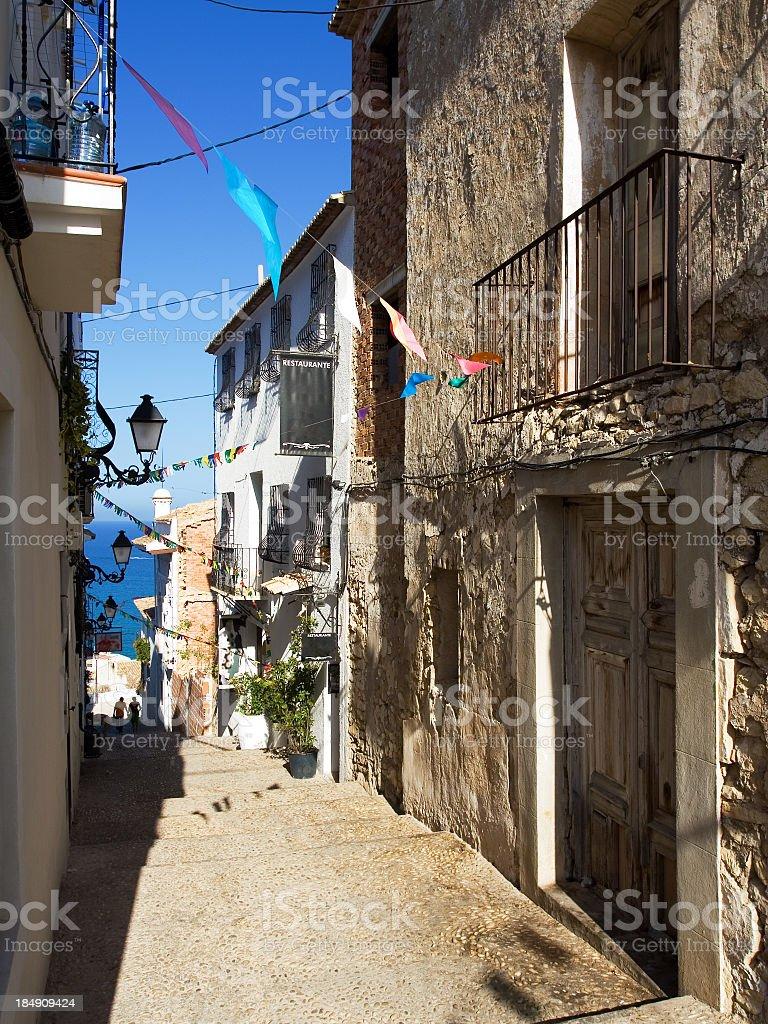 Antigua calle en Altea Mediterráneo - foto de stock