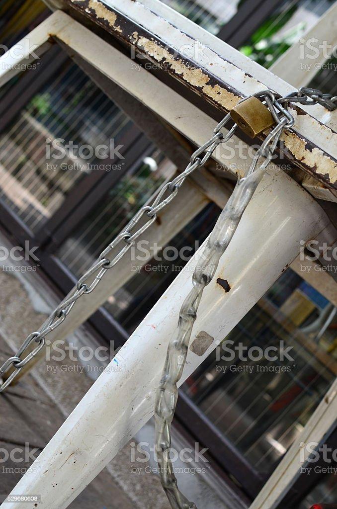 Old metal silla - foto de stock