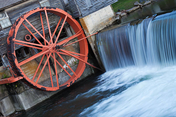 Old Mill in Pigeon Forge Old Mill in Pigeon Forge - Smoky Mountains National Park pigeon forge stock pictures, royalty-free photos & images