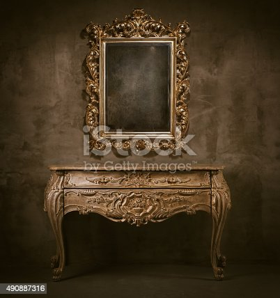 istock Old mirror and commode 490887316
