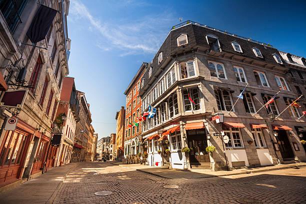 旧モントリオール(ケベック州、カナダ) - 旧市街 ストックフォトと画像