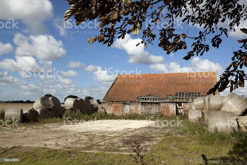 Vieille Grange avec paille bales de Norfolk - Photo