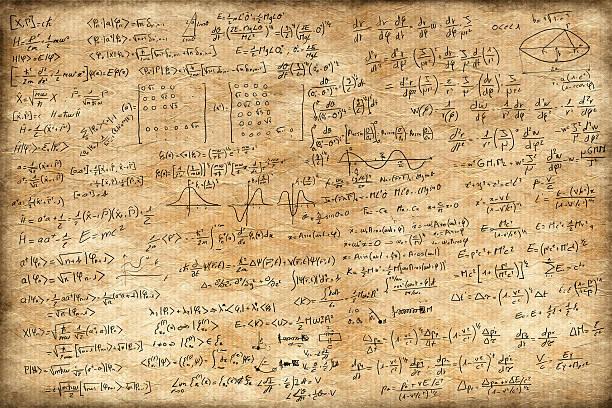 viejo papel llena de ecuaciones - e=mc2 fotografías e imágenes de stock