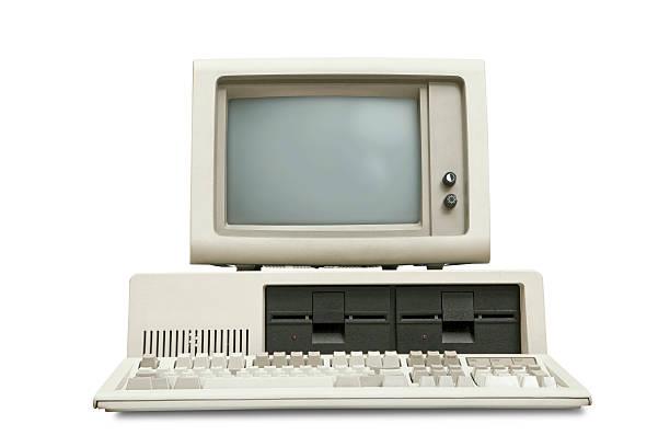 Alte computer, 80er-Stil, Weißer Hintergrund – Foto