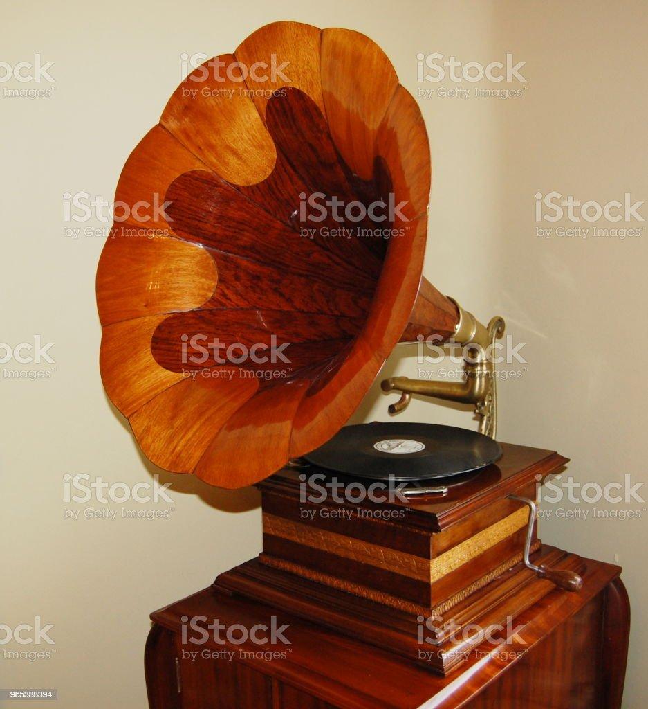 ancien phonographe - Photo de Analogique libre de droits