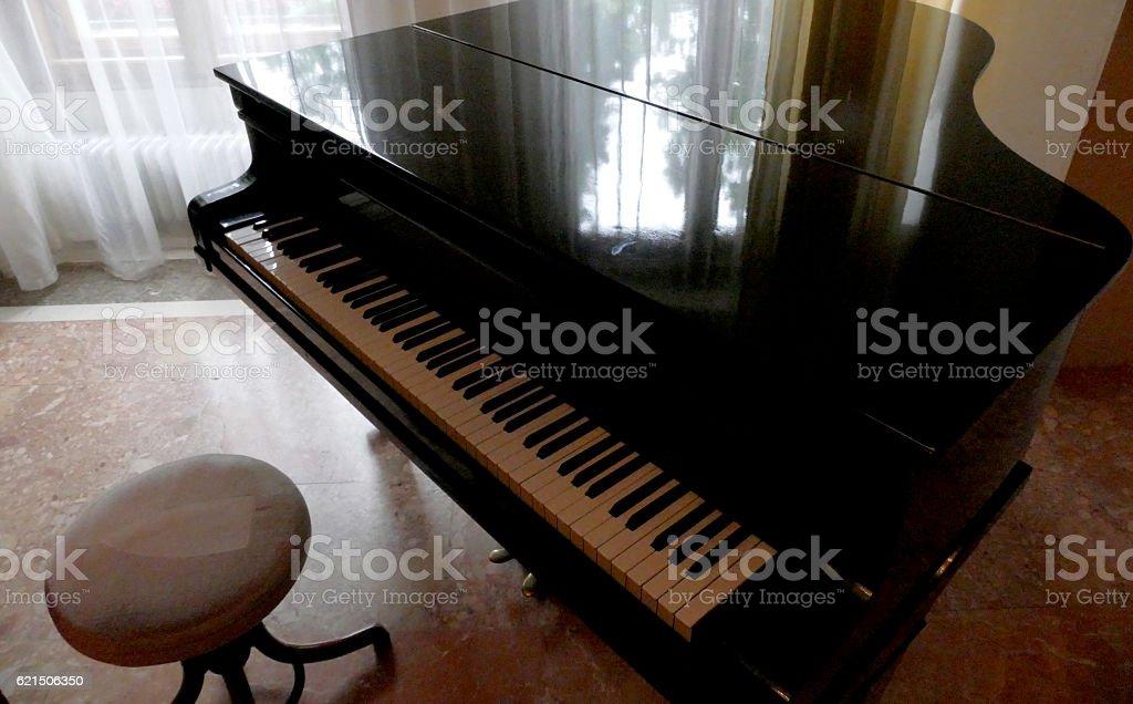 Vecchio pianoforte foto stock royalty-free