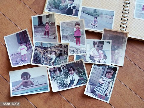 Old pictures of Japanese girl, 70's child.