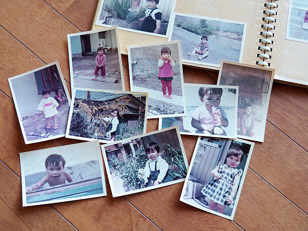 Old pictures, 70's child - foto stock
